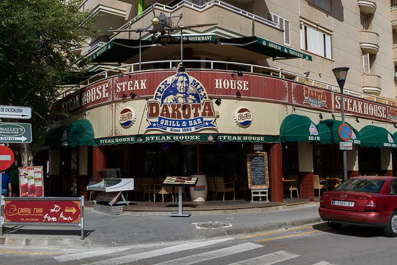 dakota-steak-house-restaurant-alcudia-04